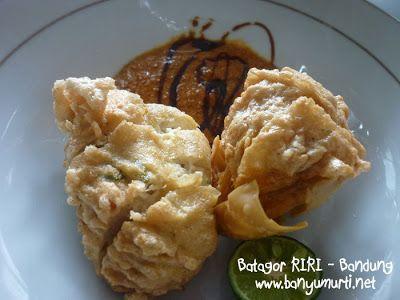 http://www.banyumurti.net/2011/01/kuliner-139-batagor-riri-bandung.html
