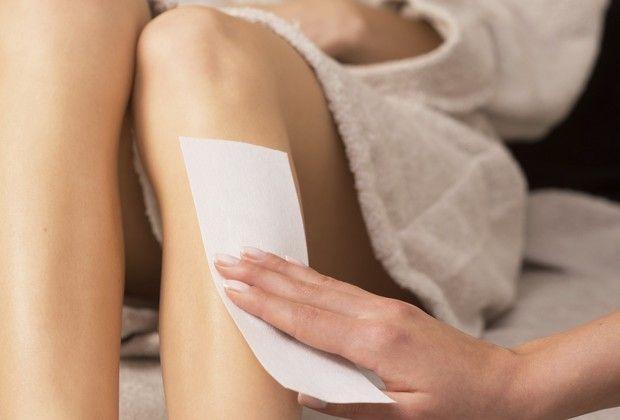 Confira cuidados na hora de eliminar os pelos do corpo durante a gestação
