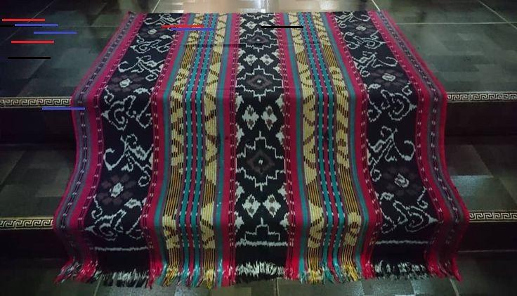 Baju Tenun Toraja