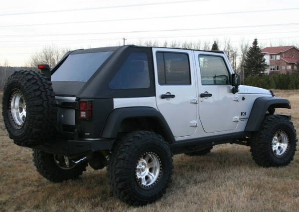 Offroad Heros Jk Unlimited Fastback Top Still Waiting On Word If It S Available For The 2 Door Jeep Wrangler Jeep Mods Jeep