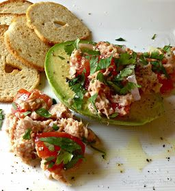 Kim's Cooking Now!: Tuna, Tomato and Avocado Salad