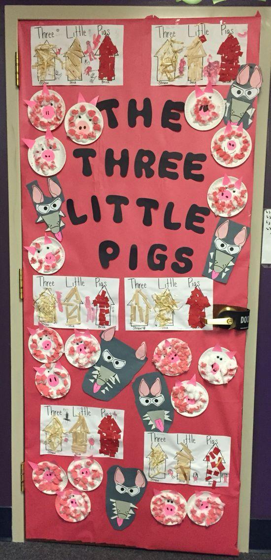 Three Little Pigs door decoration.