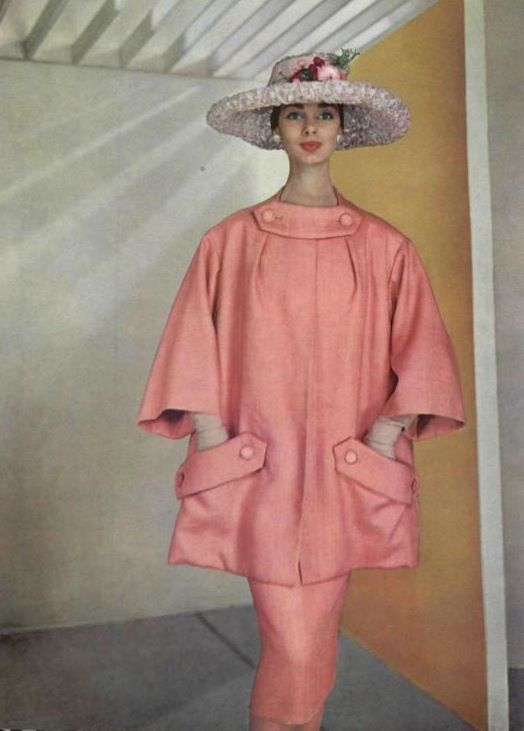 L'Officiel 1956: Christian Dior; Vintage Fashion