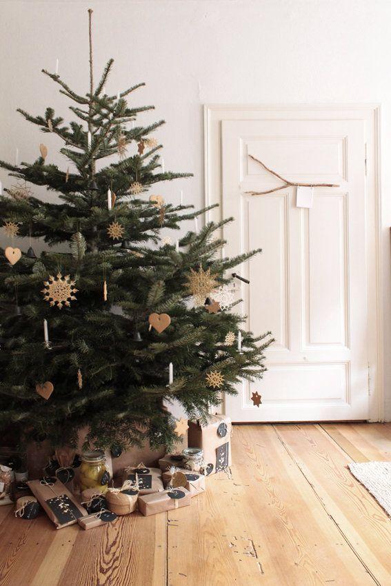 Friedliches Fest. | SoLebIch.de - Foto von Mitglied Die Raumfee #solebich #interior #einrichtung #inneneinrichtung #deko #decor #weihnachtsbaum #christbaum #christmastree #weihnachten #christmas #advent #Weihnachtsdeko #christmasdecor #adventsdeko #adventdecor