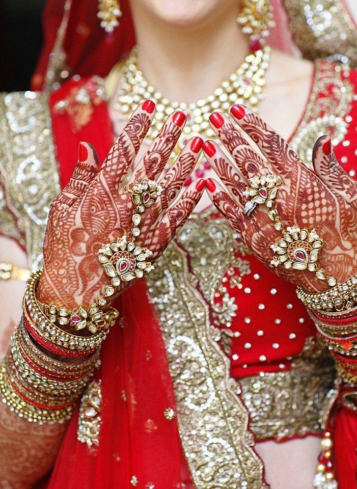 #Beautiful #Bollywood #Style #Indian #wedding #bride #marriage #shadi #india #RED #dulhan