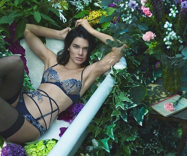 Kendall Jenner La Perla fall winter 2017/18, Кендалл Дженнер La Perla осень-зима 2017/18