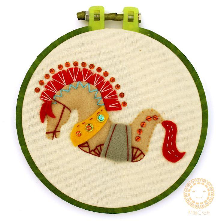Hoop art ~ Kuda Lumping 14 cm Store : https://www.instagram.com/mikicraft/