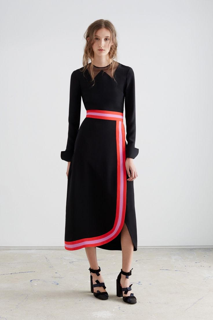 Roksanda - Resort 2016 - Look 12 of 40?url=http://www.style.com/slideshows/fashion-shows/resort-2016/roksanda/collection/12