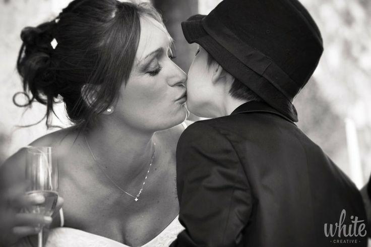 Wedding photo reportage: Kiss by White Creative on 500px | www.whitecreative.it  #matrimonio #sposa #brindisi #bacio #figlio #wedding #bride #foto #photo