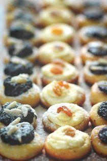Babiččiny sváteční koláčkyNa těsto 500 g hladké mouky, 1 vrchovatá lžička…