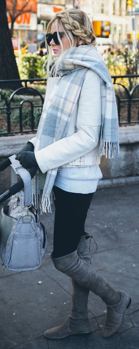 Look #Chic when it's chilly!!