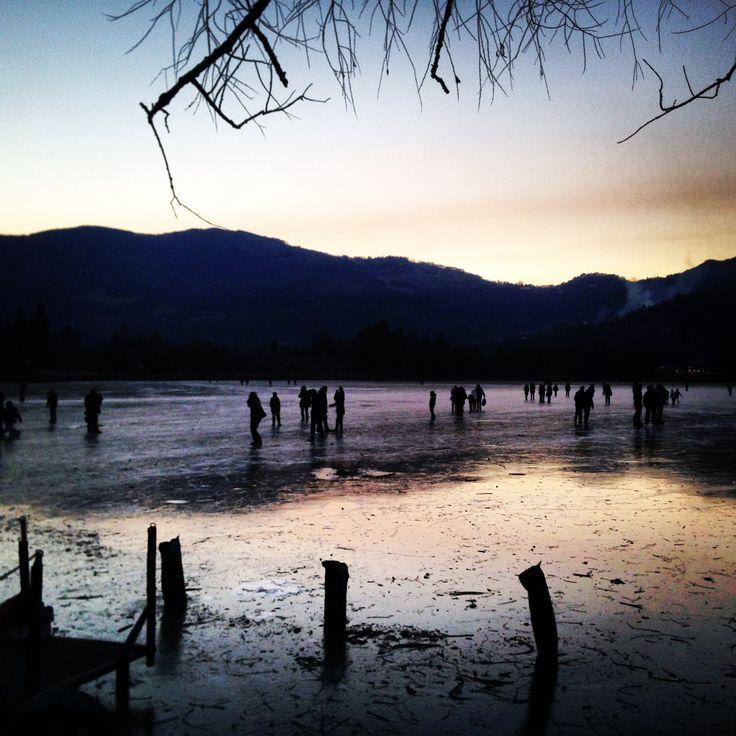 Lago di Endine ghiacciato