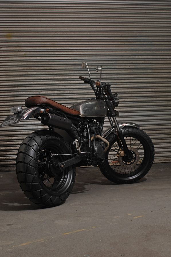 Here are some pictures of the grungy TW200  we completed recently. Thanks to the new owner, we got this project aptly named, Metal Slug . Ra...