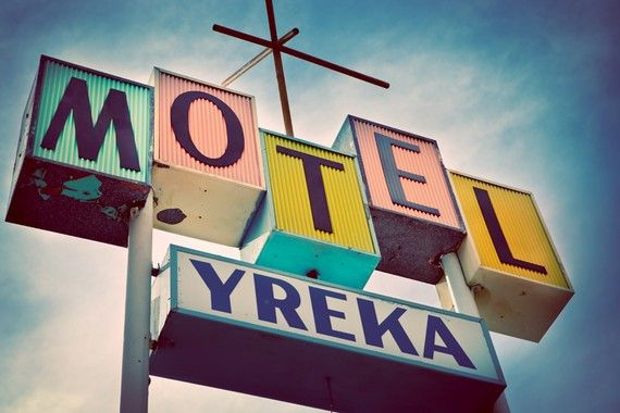 historic_route_99_vintage_yreka_motel_sign