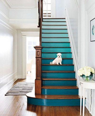 Cinco originales formas de decorar tu escalera