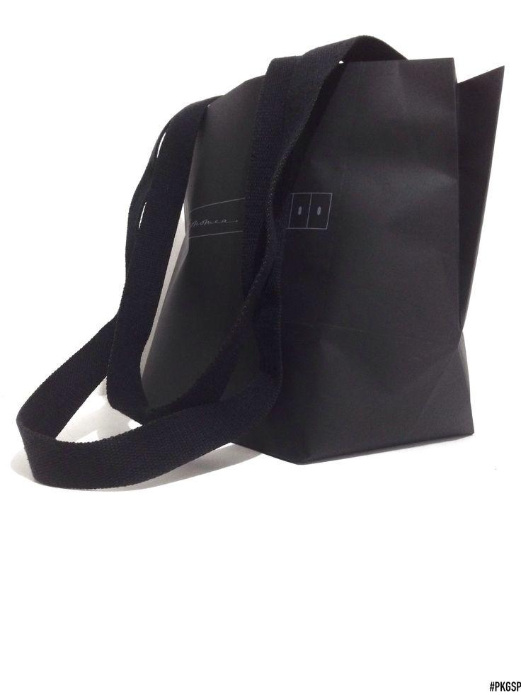 SECCHIELLO | Black by packagingspecialist.eu/blog