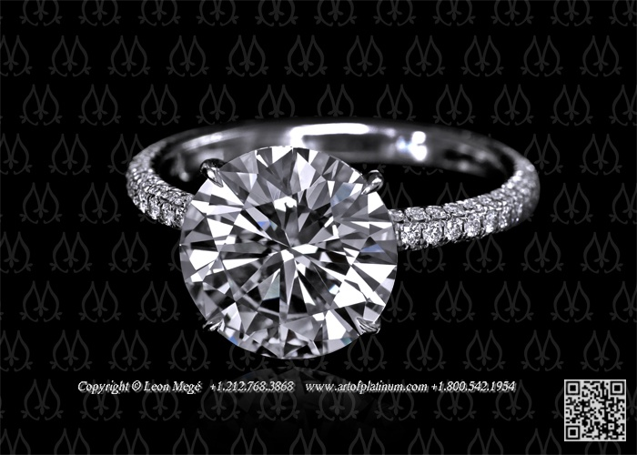 Engagement ring solitaire round by Leon Mege
