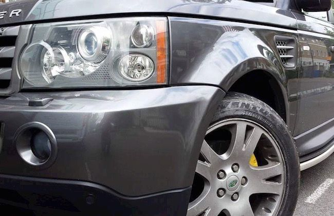 Bumper Scuff - Independent Mobile Car Paint & Bumper Repair service in Croydon, London, Surrey & Kent. We offer an exceptional paint repair service carrying out repairs to car paint scratches, dents, bumper scuffs & cosmetic bodywork damage to leave your car looking like new.