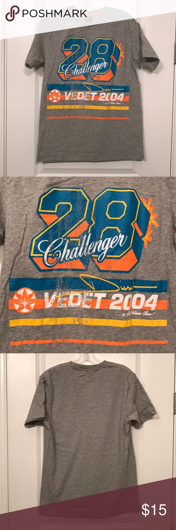 """Men's Diesel T-Shirt Size: XL Color: grey with blue/orange/yellow writing Material: 100% cotton  Length: 27.5"""" Width: 20"""" armpit to armpit Good condition Diesel Shirts Tees - Short Sleeve"""