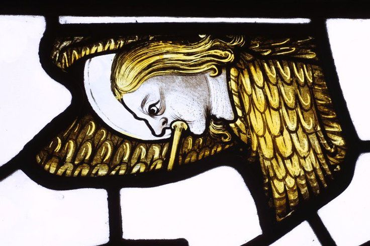 Stained glass fragment, England, mid 15th century. l Victoria and Albert Museum #Christmas #AngelTrail