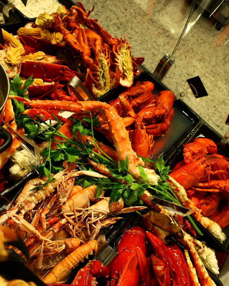 Seafood! Crayfish , shrimps , lobster , crab . Yummy Instagram: sundbacksfisk
