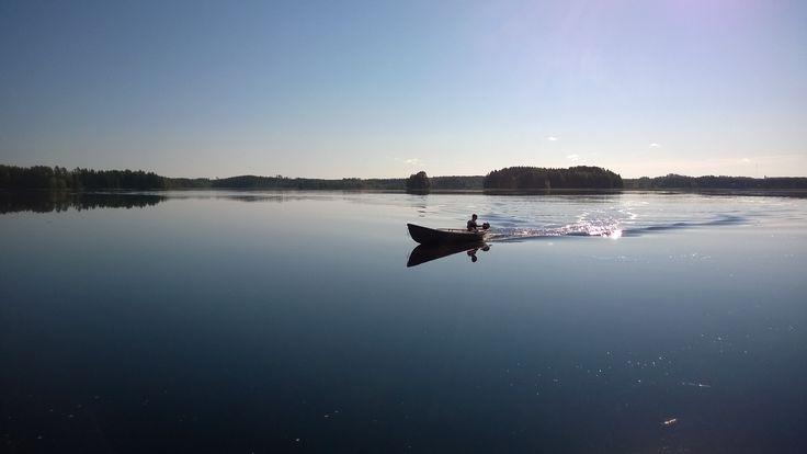 #syksy #Puruvesi #järvi #Punkaharju #Suomi #houseforsale #Finland #lake Our house is for sale - Talomme on myytävänä Puruveden äärellä 50 m rantaa Tontti 1 700 m² Asuinpinta-ala 154 m² Hintapyyntö 462 000 € Etsitkö itsellesi uutta kotia järven rannalta? Täältä voi löytyä unelmiesi kohde. Puruveden rannalla Punkaharjulla! Omaa rantaviivaa 50 m, talosta 15 m järveen! www.pinterest.com/houseforsalefin Ota yhteyttä Mahkonen p 358 50 2504  #Finland #talo #house #forsale #talomyytävänä