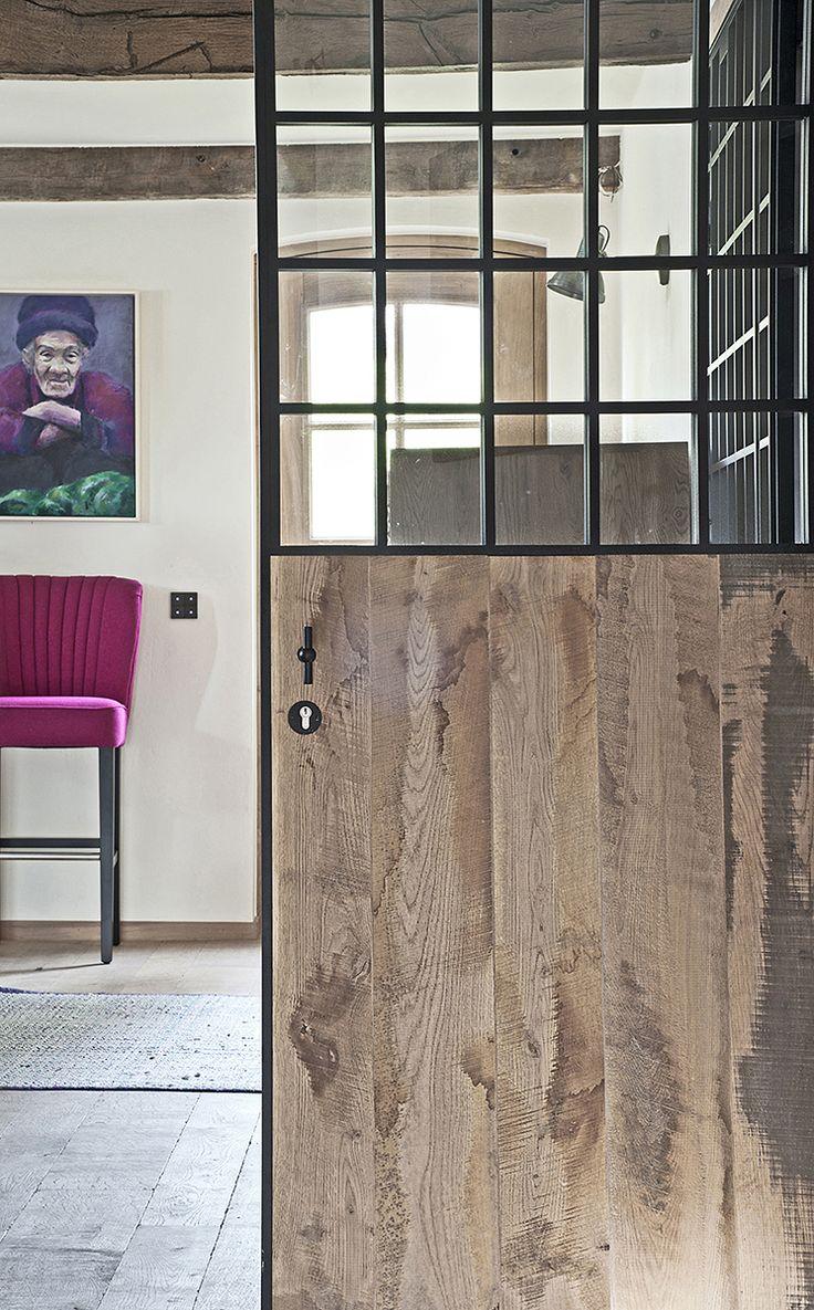 Dubbele smeedijzeren deur met glas en hout