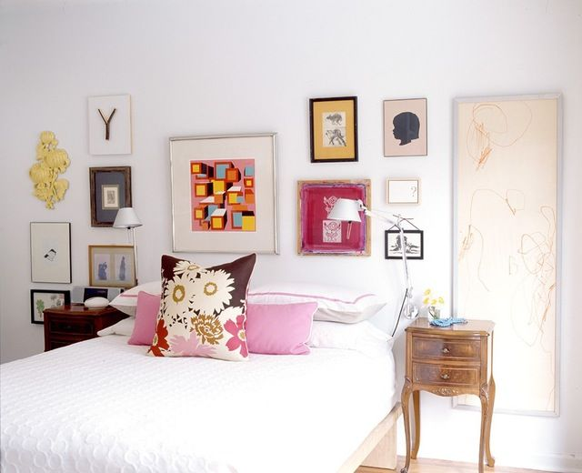 A gallery wall, done right, is a great way to add a little pizazz to a plain room. But gallery walls can be really hard to get right. Variety is very visually appealing, but it can be really easy for variety to spill over into chaos. Here, we take a look at eleven great gallery walls, and then break down what it is that makes them work.