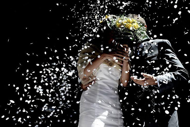 Confetti rain down on our love. Let's celebrate it. Photo Raffaele Montepaone