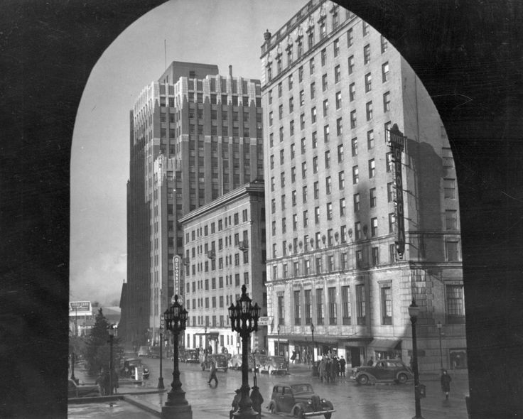 Constructed in 1929, the Georgia Medical Dental building  was 15 stories high and adorned with statues of gargoyles and First World War nurses. It was demolished in 1989 under the auspices of being too expensive to bring up to code. Cathedral Place, the structure that currently occupies the site, has replicas of the original building's statues. Map indicates building's former location. (Photo: 1940s, via Vancouver Archives)