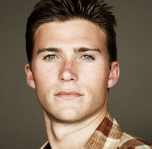 Scott Eastwood....Clint Eastwood's son.