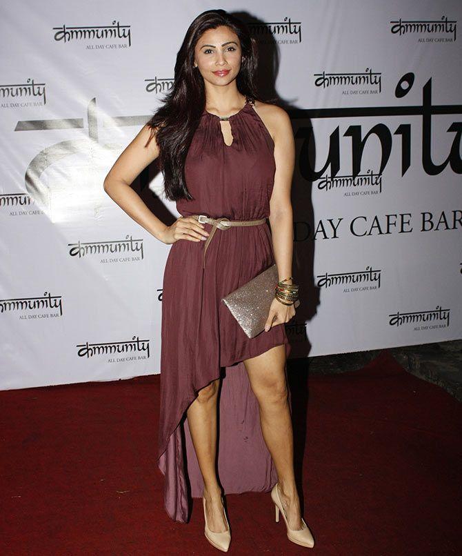 PIX: Daisy Shah, Sooraj Pancholi at Elli Avram's birthday bash - Rediff.com movies
