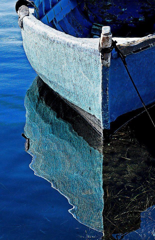 Silvia Patricia Balaguer — gyclli: BLUE BOAT Photo by Giorgio Giacosa ...