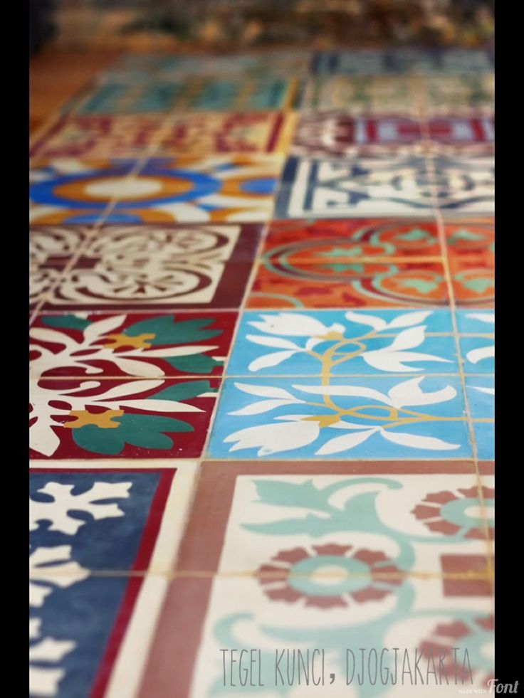 Old style tile - Kunci tegel from jogjakarta Indonesia