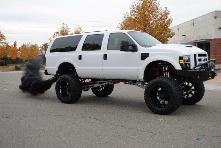 "2008 Ford Excursion   ""MKT customs"" build"