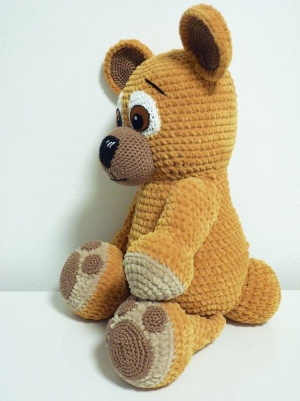 Bear Barney amigurumi pattern by SKatieDes