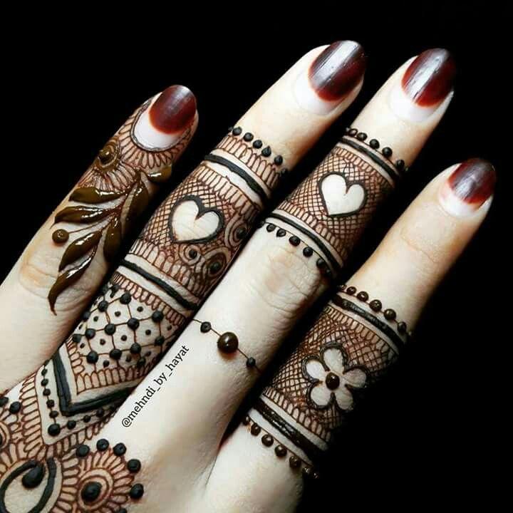 Finger mehndi                                                       …