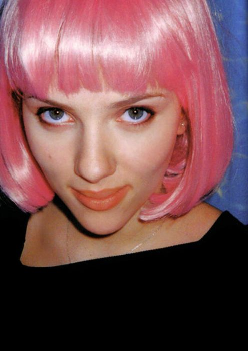 Lost in Translation. Getting a pink wig just like this !