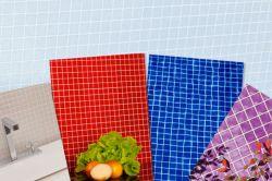 Мозаичная плитка из переработанных пластиковых бутылок