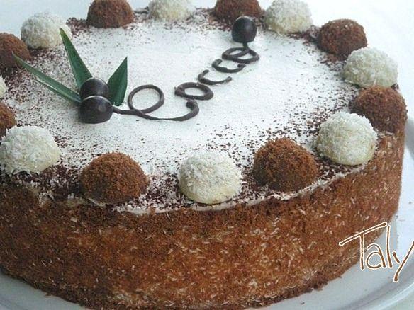 DOLCE FREDDO AL COCCO- Una soffice farcia al #cocco e #rum e #panna fresca, tra due  dischi sottili di torta al #cioccolato. Ricetta collaudata