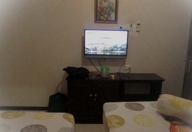 http://www.ummi-online.com/waspadai-bahayanya-nonton-drama-korea-buat-ibu-rumah-tangga.html