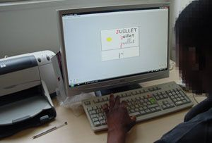 ClicLire aide à l'apprentissage de la lecture mais aussi des exercices variés de langage, de numération...