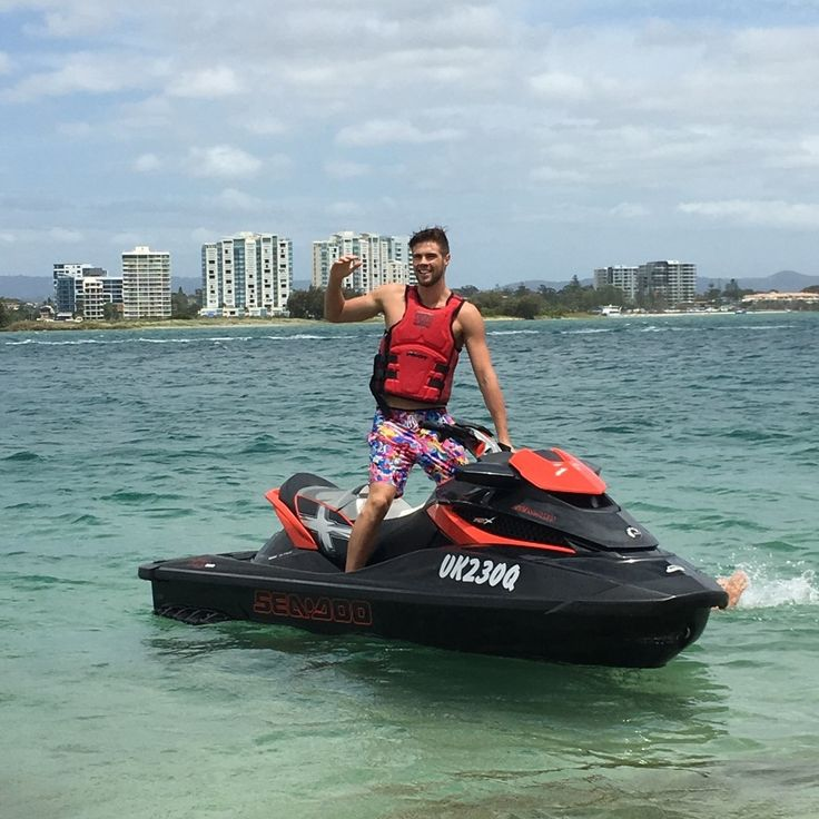 #fteamer Mitch Jack is enjoying his time off training, Jet Skiing in his favourite #funkytrunks Long johnnys! #perfectforfunkytrunks #getfunkd