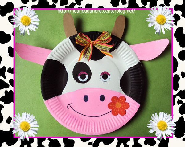 Vache réalisée avec une assiette en carton, , explications sur mon blog