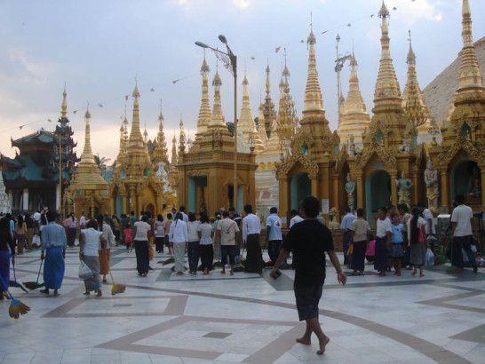 Myanmar Yangon Swhedagon  Photo by: Katie Allen