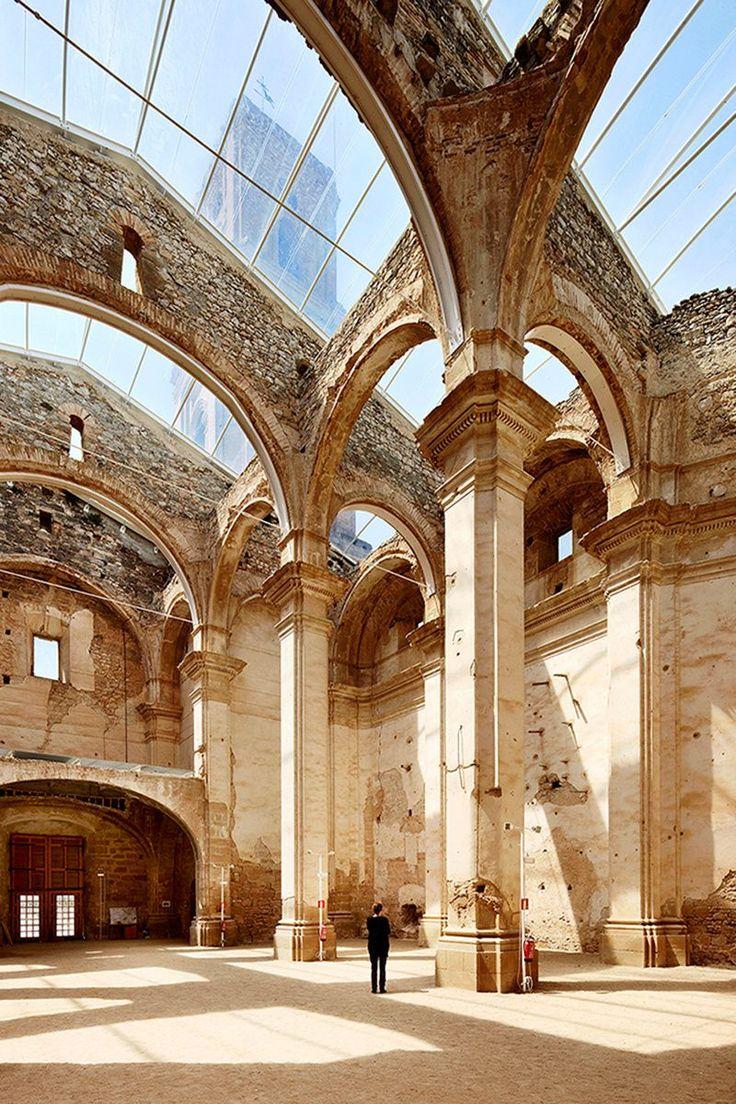 Pasado, presente y futuro - AD España, © José Hevia – Iglesia de Sant Pere de Corbera d'Ebre