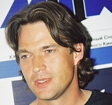 Dougray Scott - why are Scots so dog gone good looking??