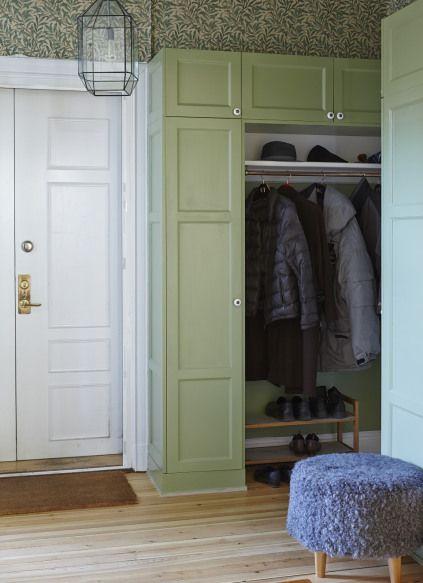 Platsbyggd Garderob Hallförvaring