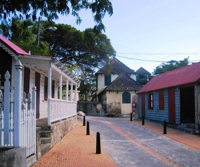 Oranjestad, Sint Eustasius, Caribbean (photo by Hellebrand Klein)