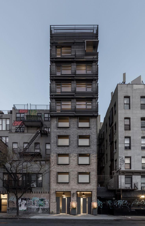 120 Allen Street / Grzywinski+Pons